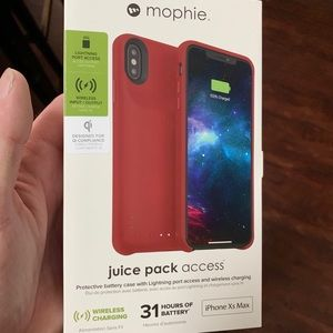 Opened/New iPhone XS Max Mophie Charging Case